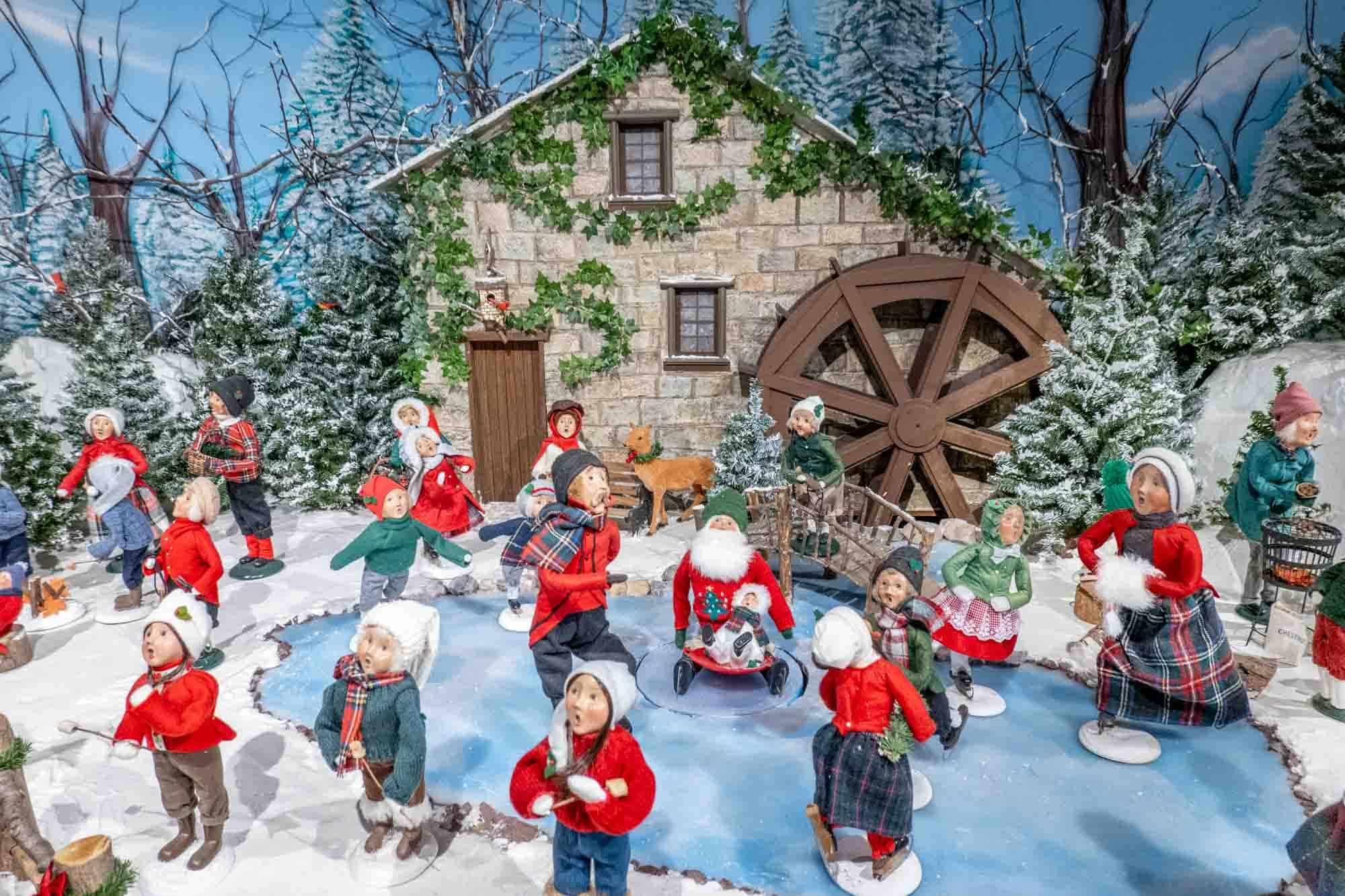 Ice skating display of figurine dolls