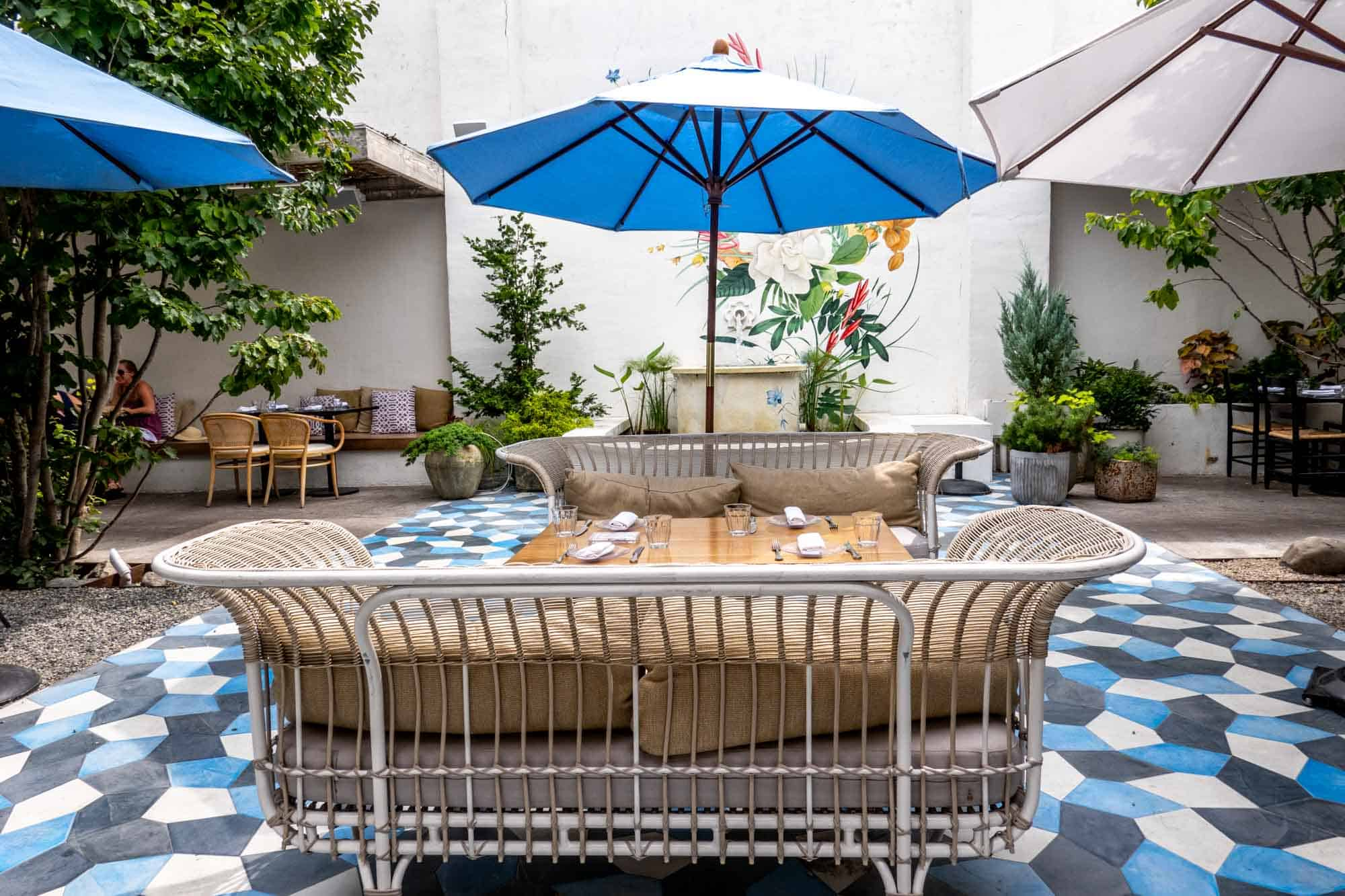 Table and outdoor furniture in a courtyard